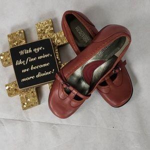 KENNETH COLE REACTION maryjane shoes NWOB size 6